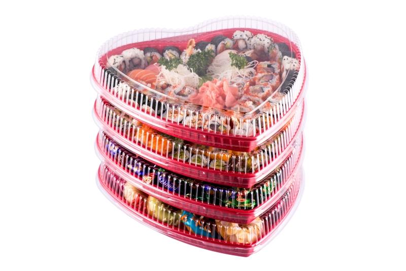 Упаковка в виде сердца и контейнеры для суши сетов ко Дню Святого Валентина