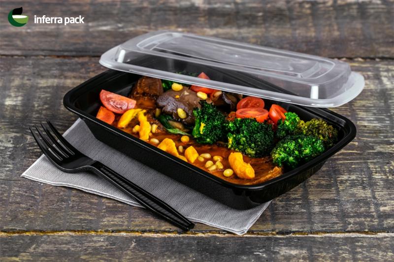 чёрный одноразовый контейнер для еды