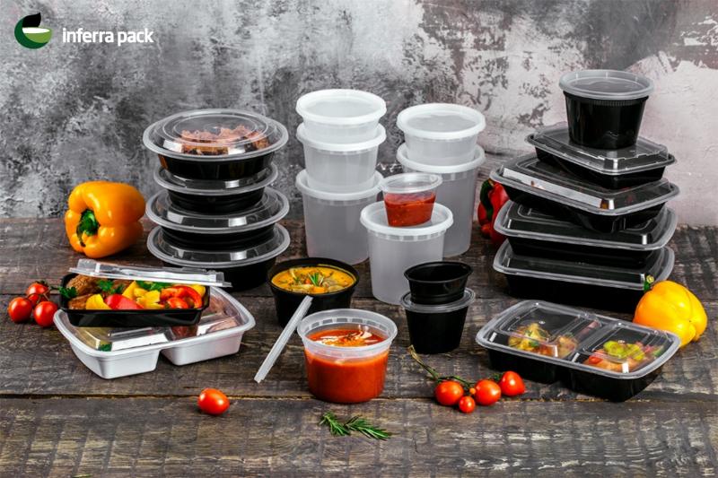 Одноразовые пластиковые контейнеры для еды на вынос и доставки на дом. Пищевая упаковка.